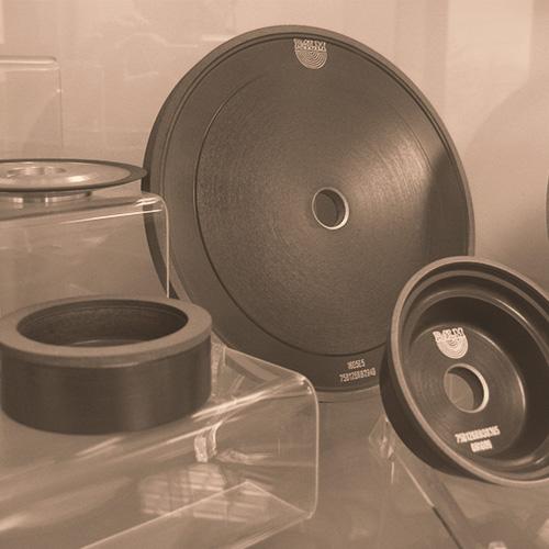 grindingWheels02